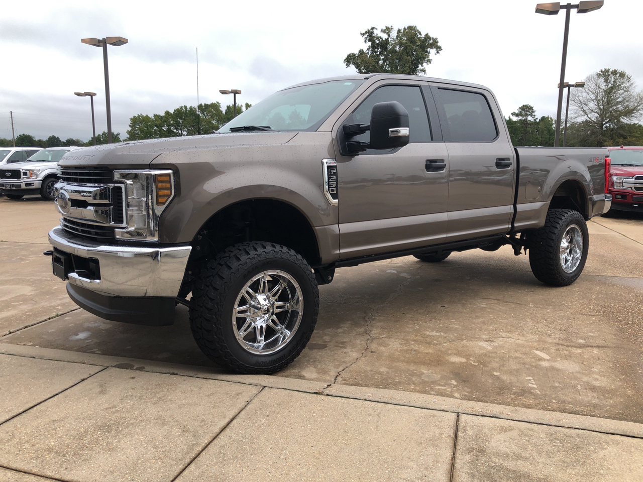 "2019 Ford Super Duty F-250 SRW 4WD Crew Cab 172"" XL"