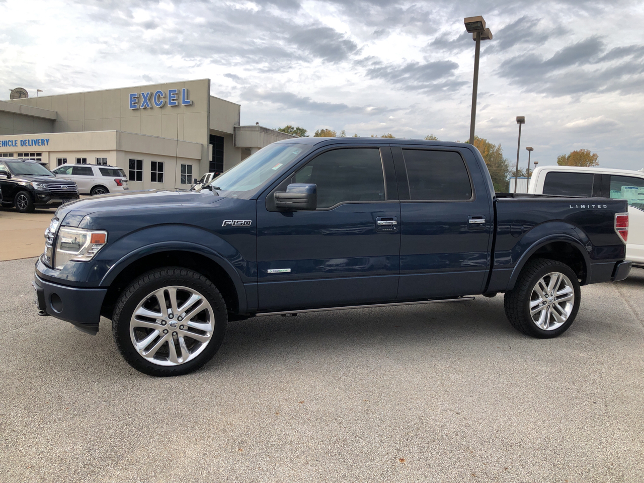 "2014 Ford F-150 4WD SuperCrew 145"" Limited"