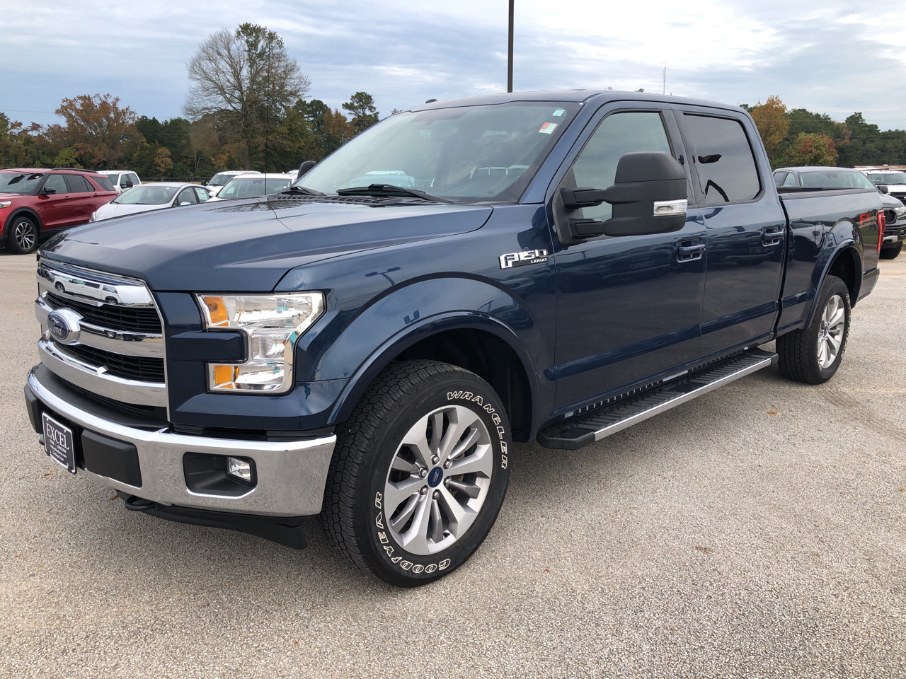 "2017 Ford F-150 4WD SuperCrew 139"" Lariat"