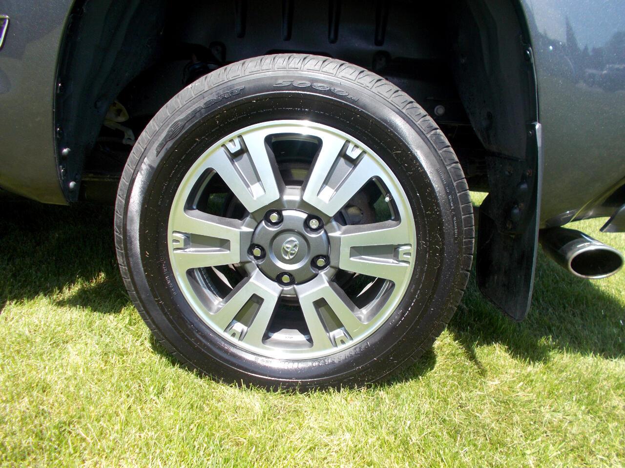 2018 Toyota Tundra 4WD Platinum CrewMax 5.5' Bed 5.7L (Natl)