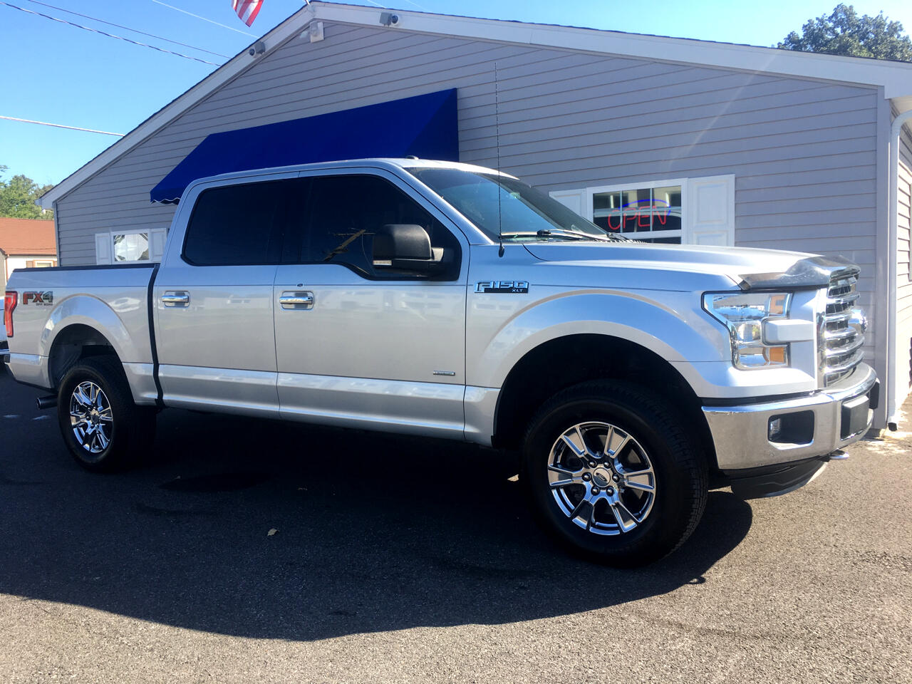 Ford F-150 XLT 4WD SuperCrew 5.5' Box 2015