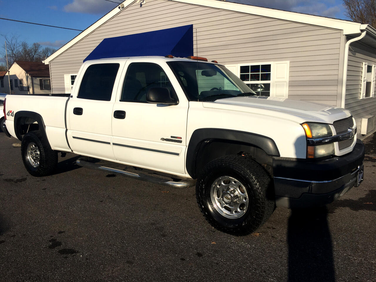 Chevrolet Silverado 2500HD Crew Cab Long Bed 4WD 2003