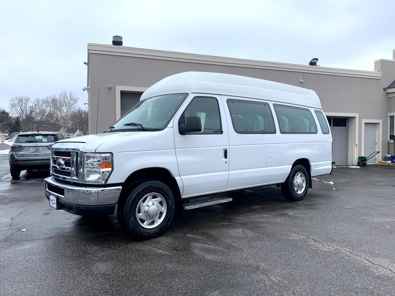 Ford Econoline Cargo Van E-250 Ext Recreational 2013