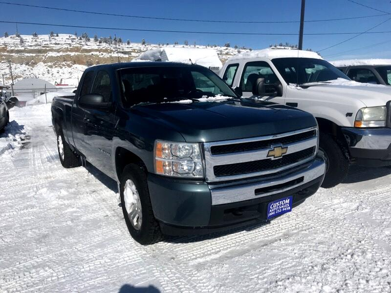 """2010 Chevrolet 1500 Pickups Ext Cab 141.5"""" 4WD"""
