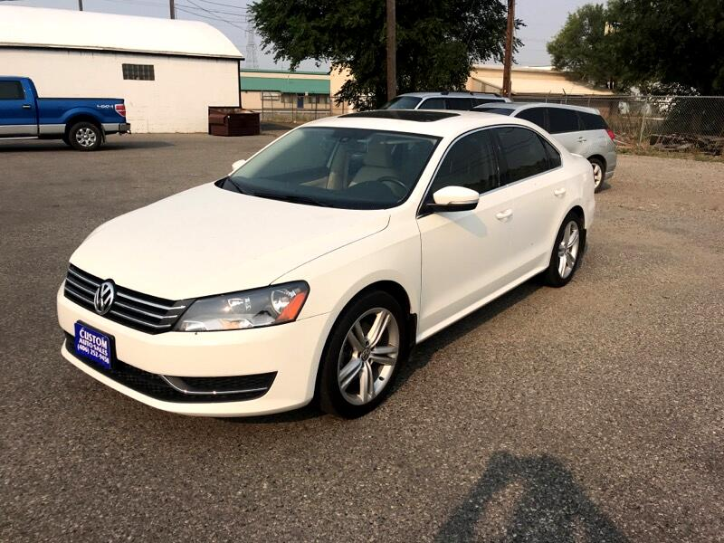 Volkswagen Passat 1.8T SE AT 2014
