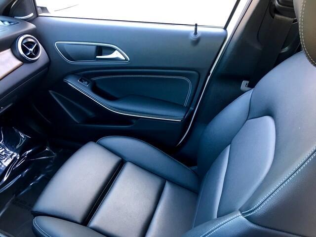 2016 Mercedes-Benz GLA-Class 4MATIC 4dr GLA 250