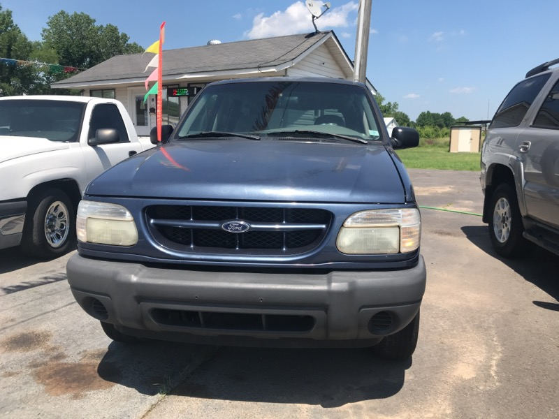 2001 Ford Explorer XLS 2WD