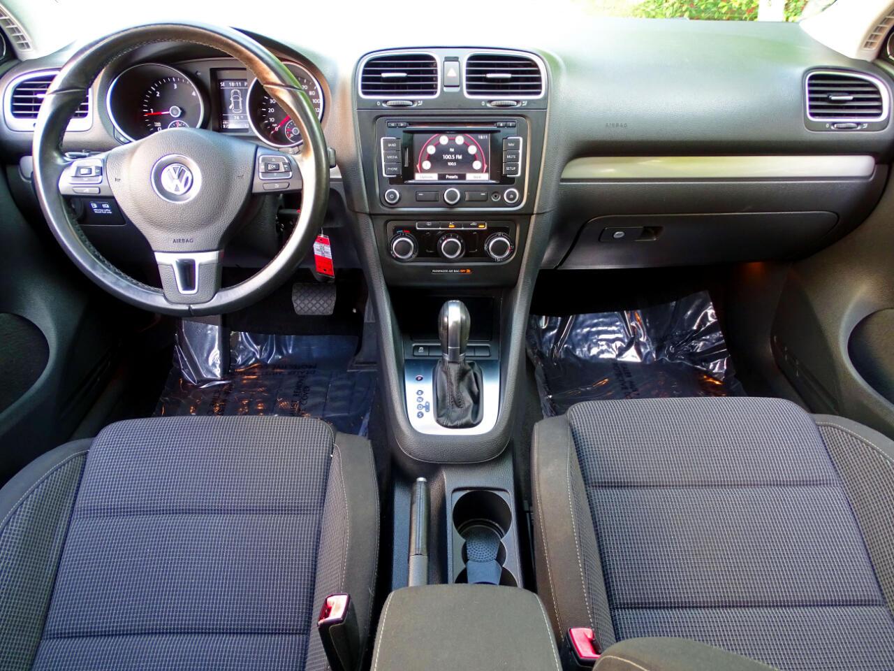 2011 Volkswagen Golf 4dr HB DSG TDI