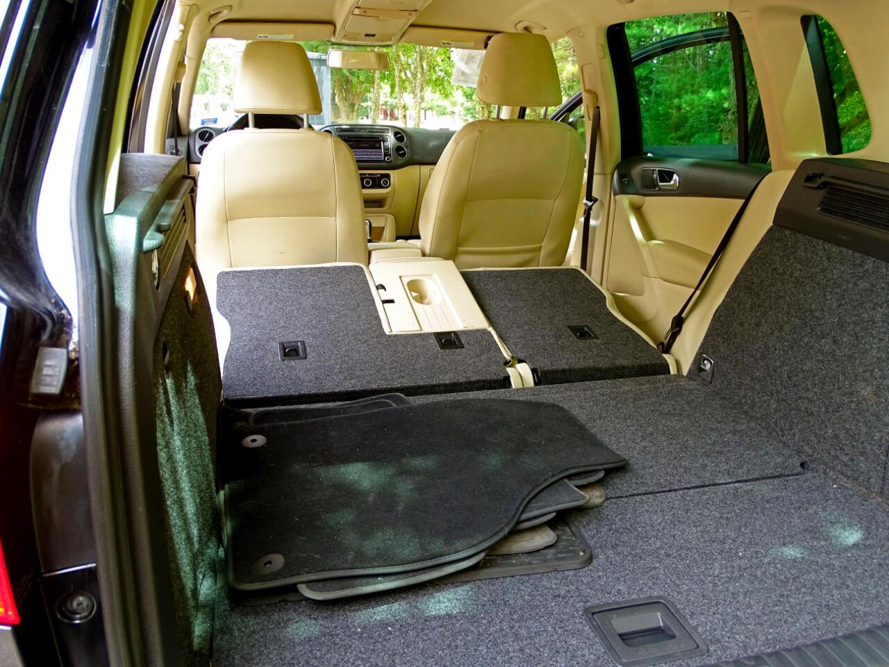 2012 Volkswagen Tiguan 4MOTION 4dr Auto SE