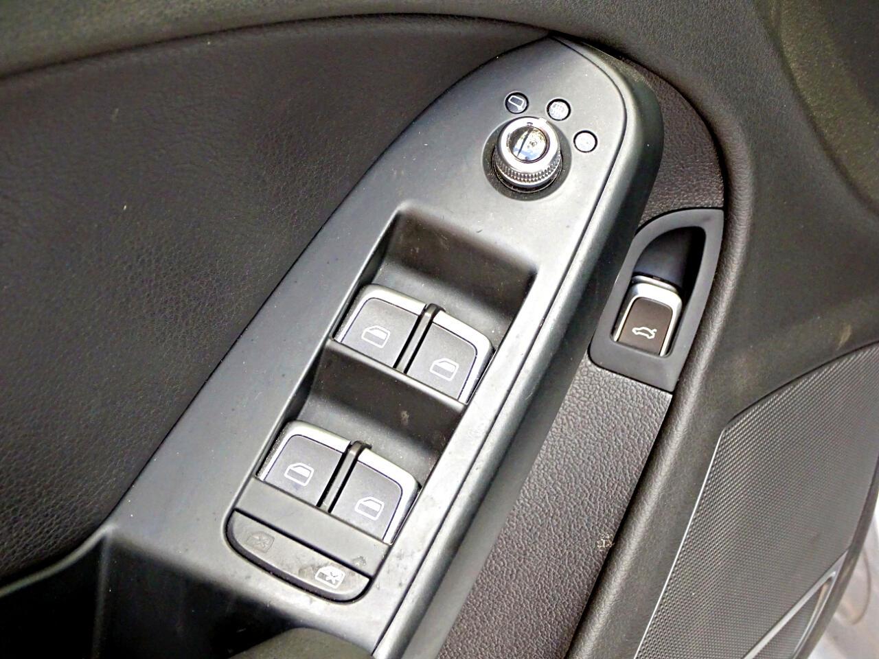 2015 Audi A4 4dr Sdn Auto quattro 2.0T Premium