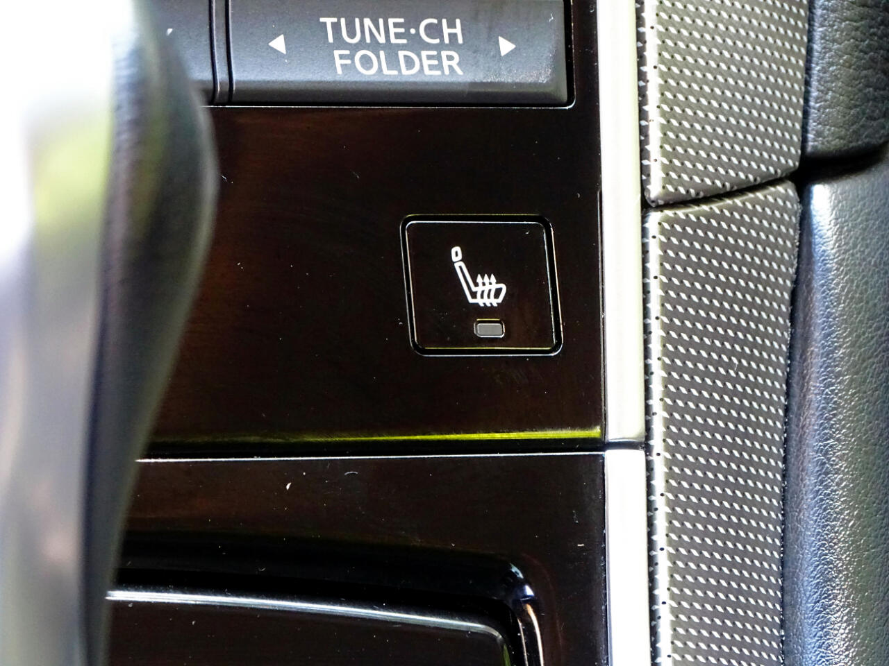 2016 Infiniti Q50 4dr Sdn 3.0t Premium RWD