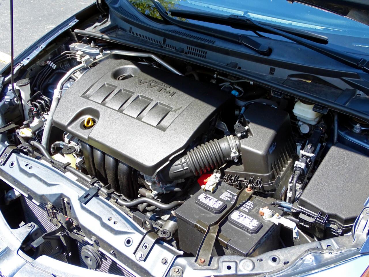 2015 Toyota Corolla 4dr Sdn CVT LE (Natl)
