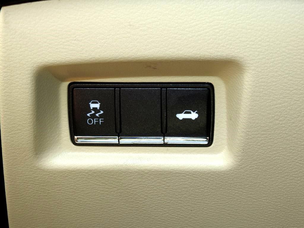 2015 Infiniti Q50 4dr Sdn Premium RWD