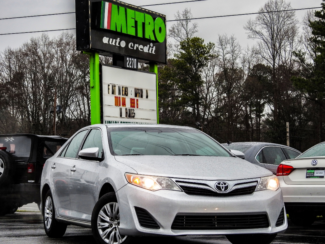 Toyota Camry 2014.5 4dr Sdn I4 Auto LE (Natl) 2014