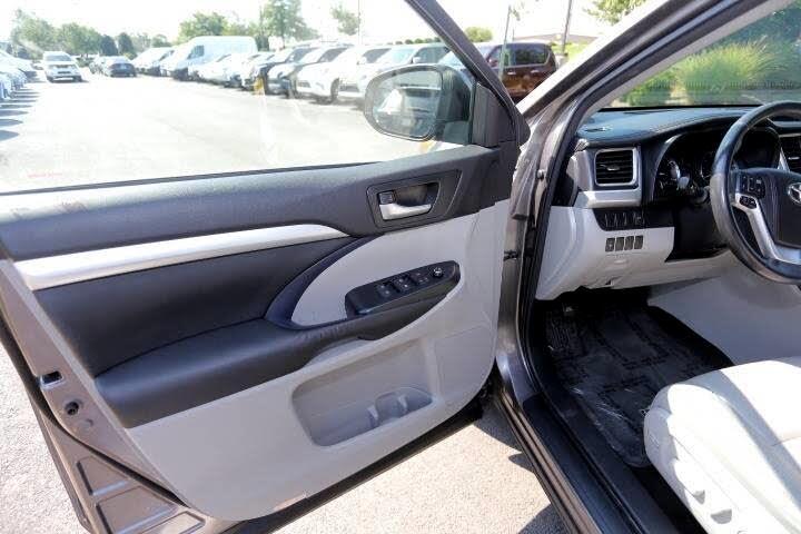 2015 Toyota Highlander XLE AWD V6