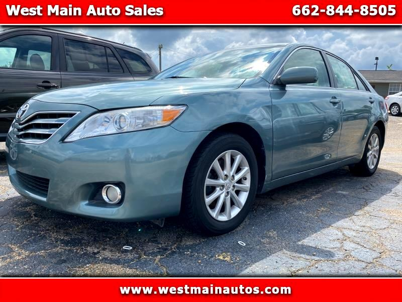 Toyota Camry XLE V6 6-Spd AT 2011