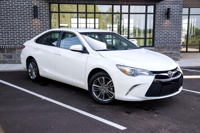 2016 Toyota Camry SE FWD