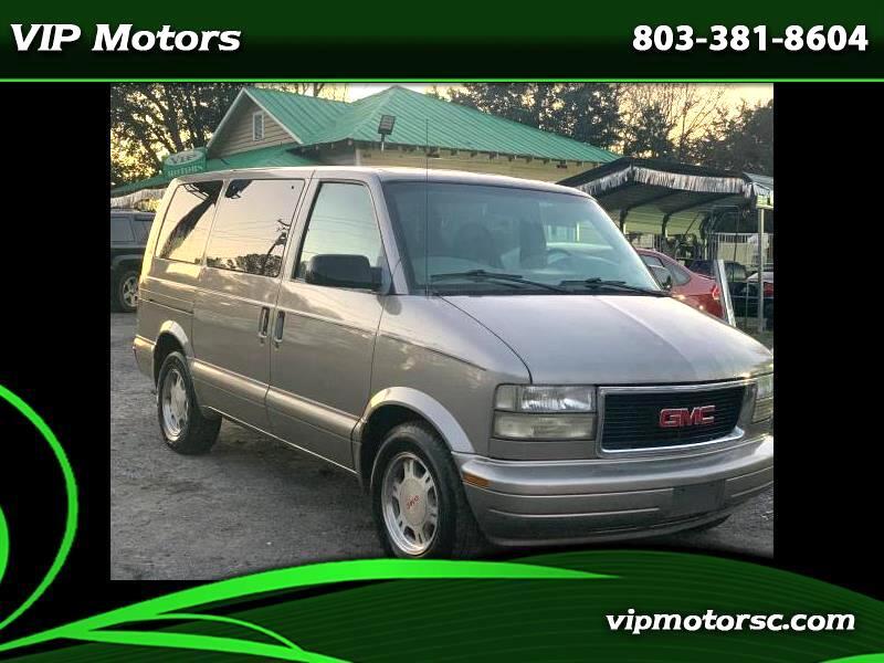 GMC Safari Passenger Van 2003