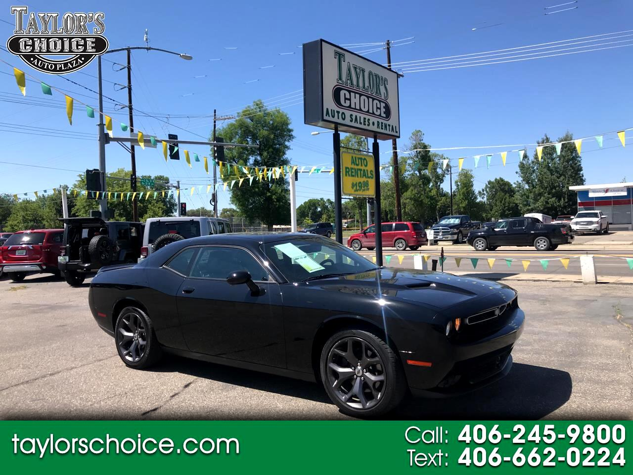 Dodge Challenger SXT Plus RWD 2018