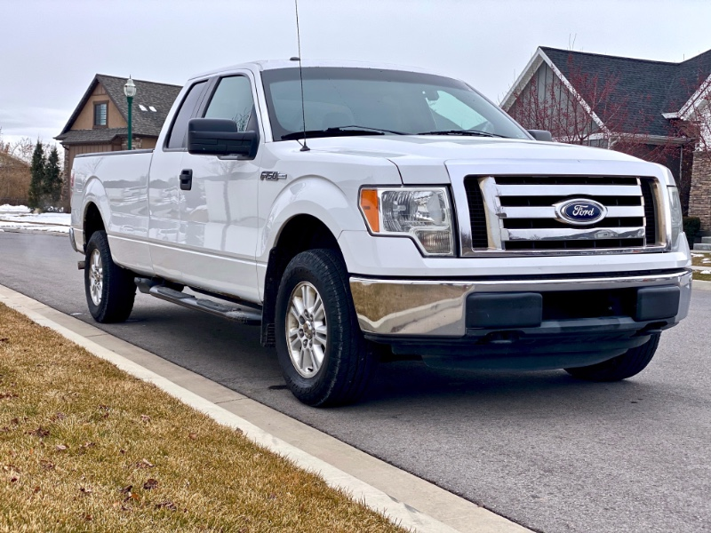 Ford F-150 XLT SuperCab 8-ft. Bed 4WD 2011