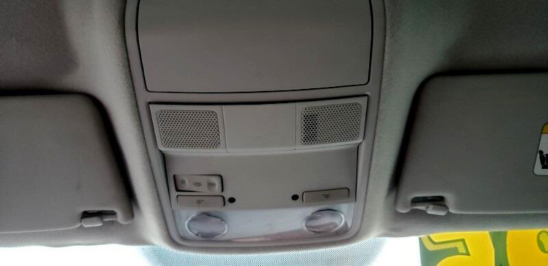 2012 Volkswagen Golf 2.5L Conv & Sunroof 4 Door PZEV