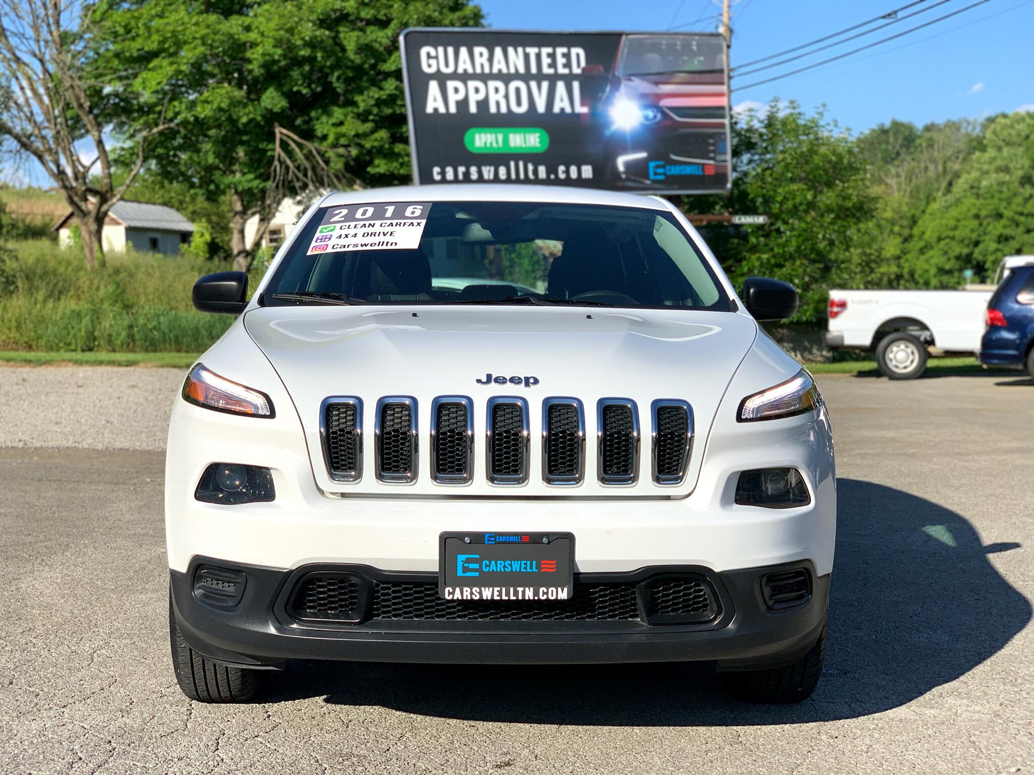 2016 Jeep Cherokee 4WD 4dr Sport