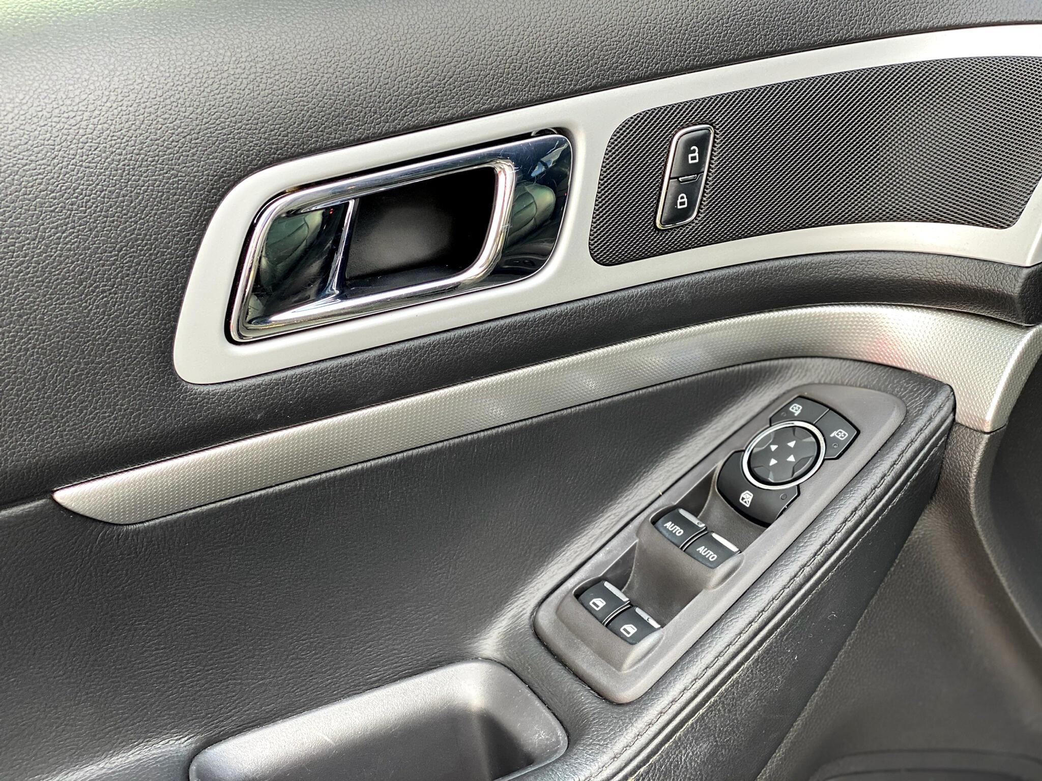 2013 Ford Explorer FWD 4dr XLT