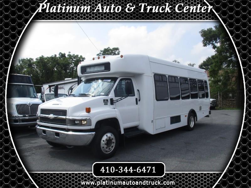 2007 Chevrolet C5V042 shuttle bus