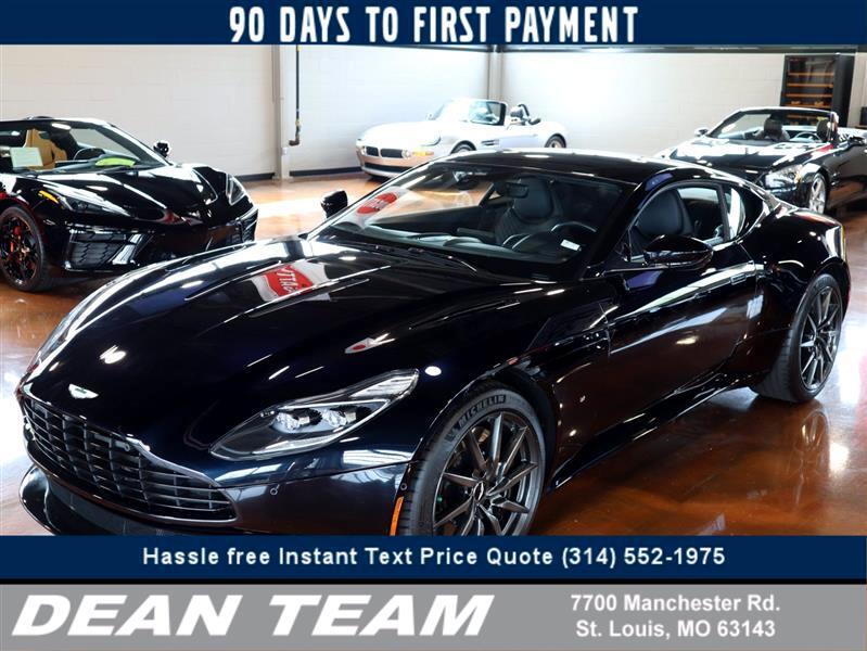 Aston Martin DB11 Coupe 2017