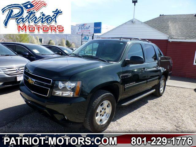 Chevrolet Avalanche LS 4WD 2013