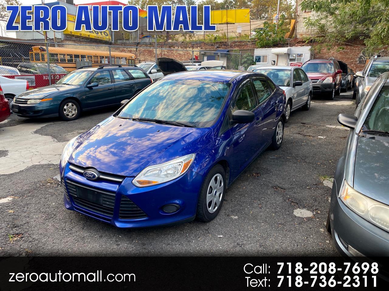 Ford Focus S Sedan 2012