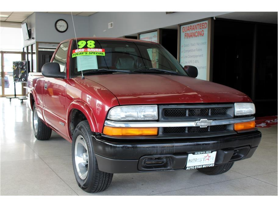 1998 Chevrolet S10 Pickup Reg. Cab Long Bed 2WD