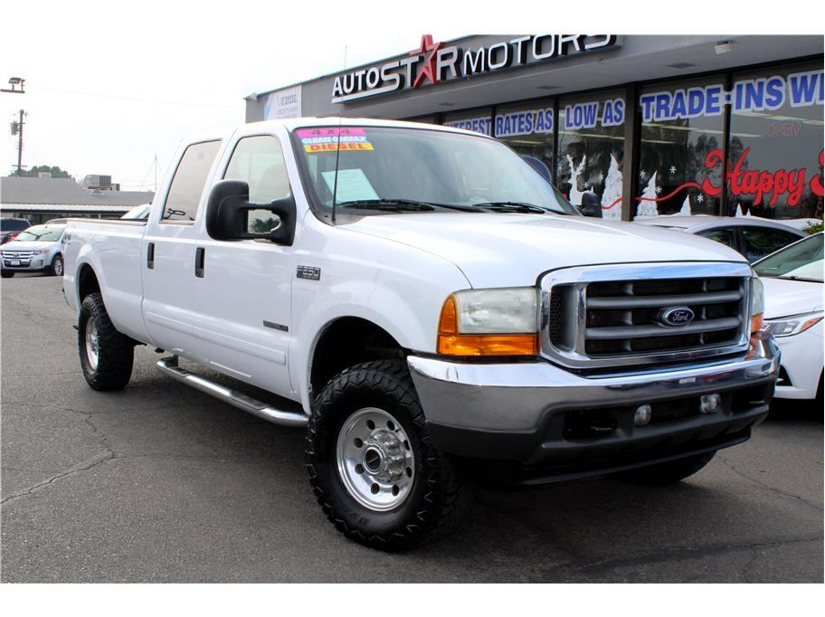 2001 Ford F-250 SD XL Crew Cab Long Bed 4WD