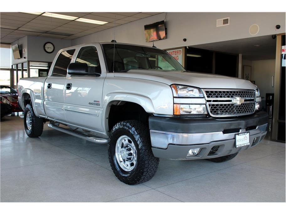 2005 Chevrolet Silverado 2500HD Crew Cab Long Bed 4WD