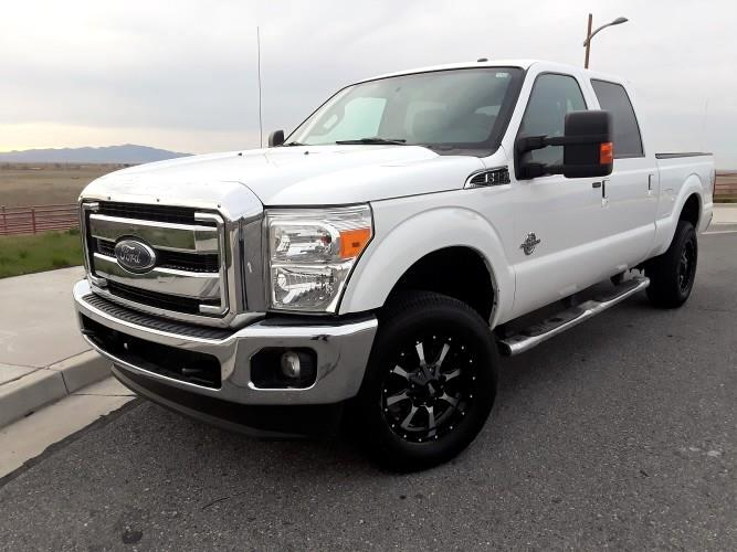 2015 Ford F-350 SD Lariat  Crew Cab Short  Bed 4WD