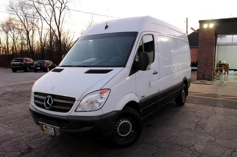 2010 Mercedes-Benz Sprinter 2500 144-in. WB