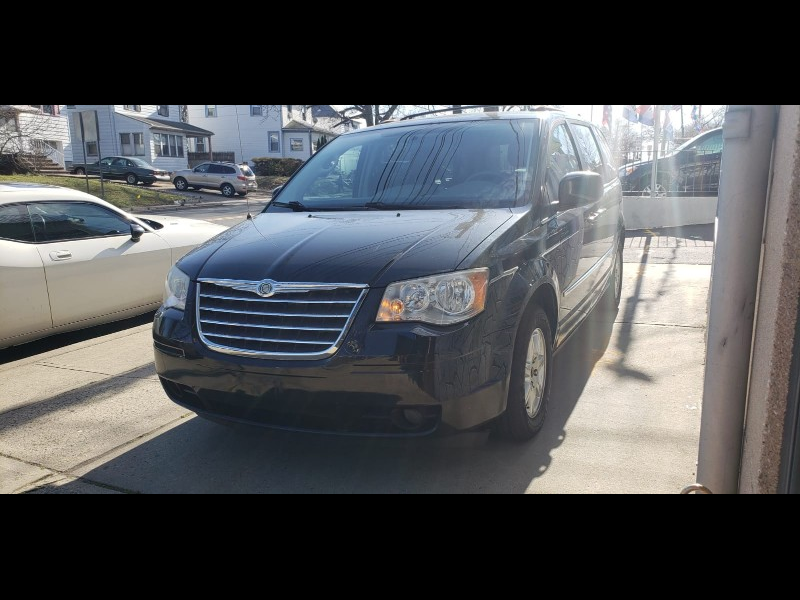 Chrysler Town & Country Touring 2010