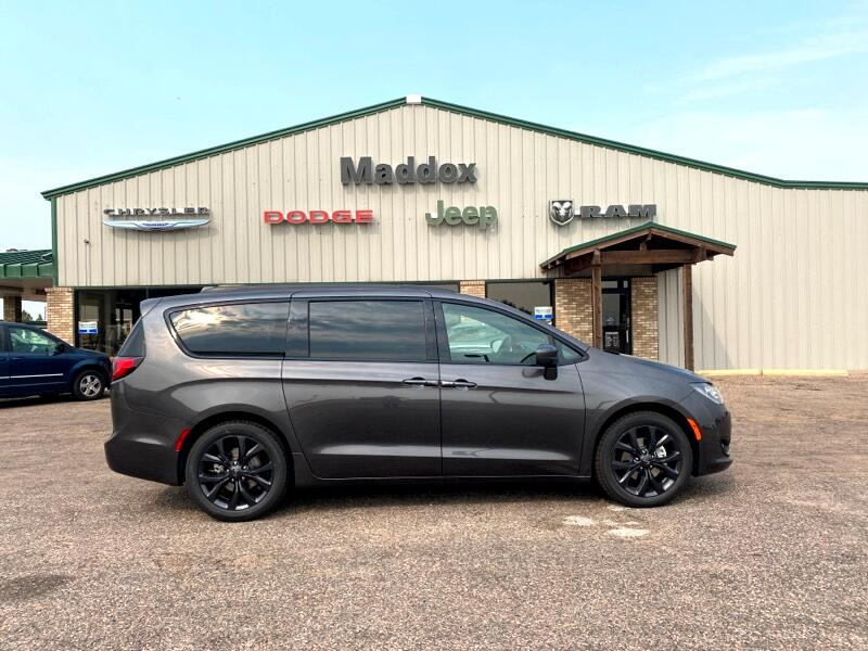 Chrysler Pacifica Touring-L Plus 2020