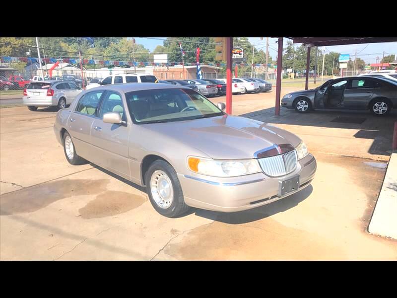 Lincoln Town Car Executive 2000