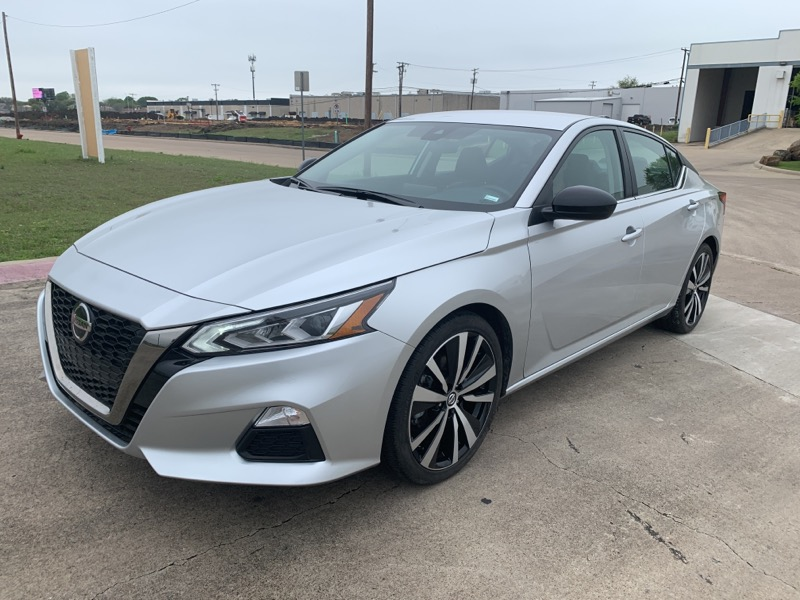Nissan Altima 2.0 SR Sedan 2020