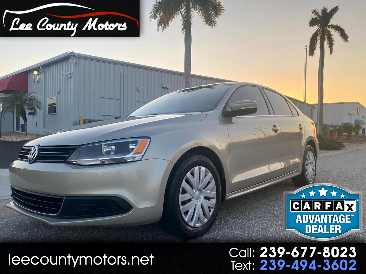 Volkswagen Jetta Sedan 4dr Man SE PZEV *Ltd Avail* 2013