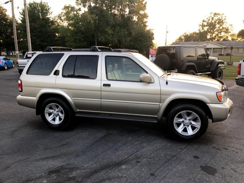 2002 Nissan Pathfinder SE 2WD