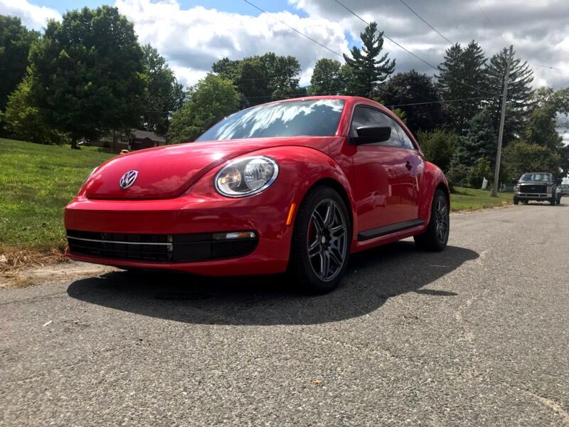 2014 Volkswagen Beetle 2dr Cpe Auto 2.5L