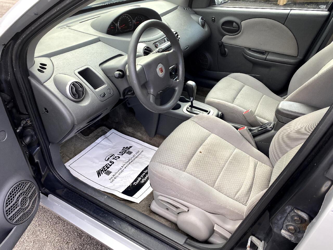 2005 Saturn ION Sedan 2