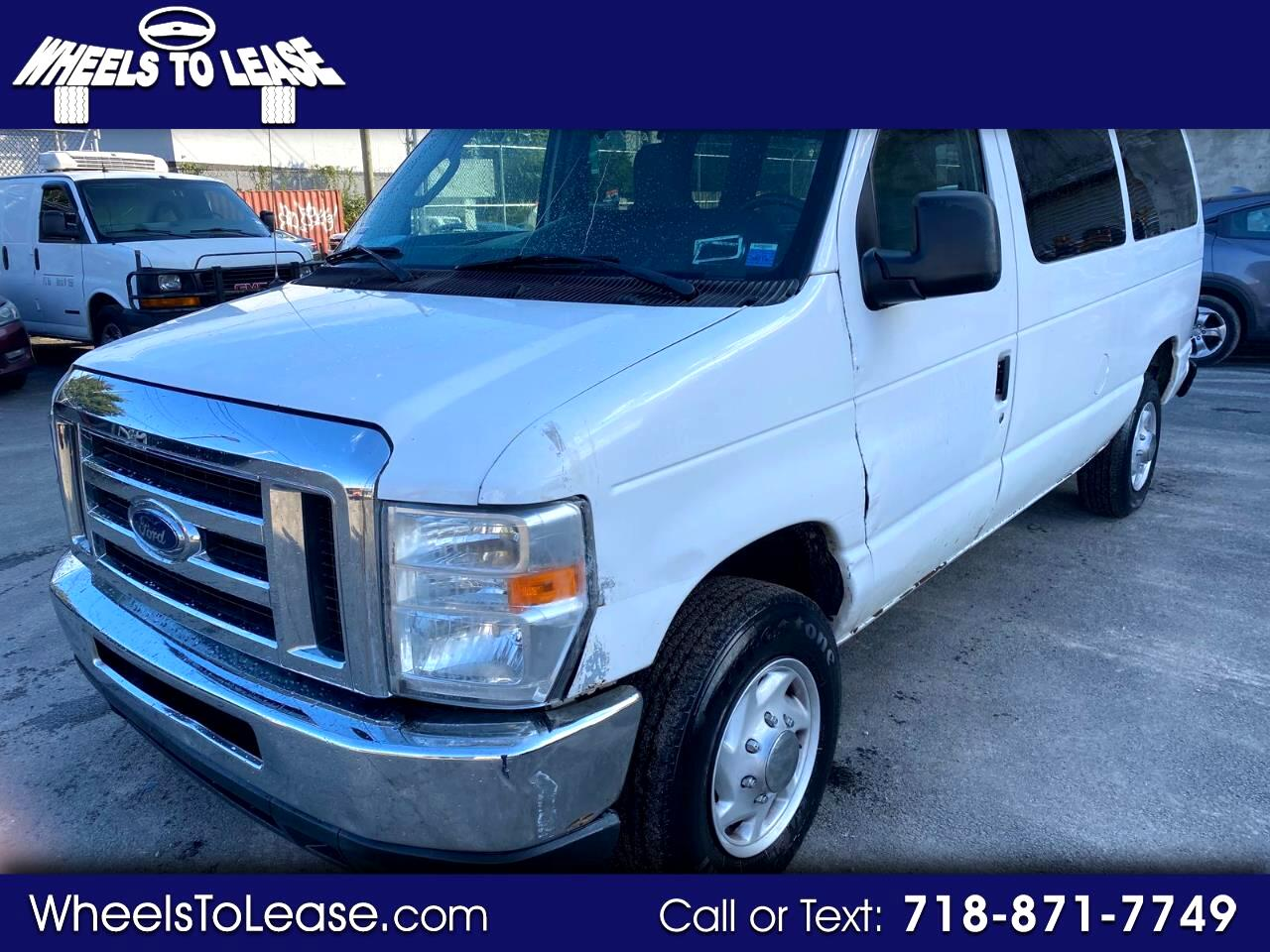 Ford Econoline E-350 XL Super Duty 2009
