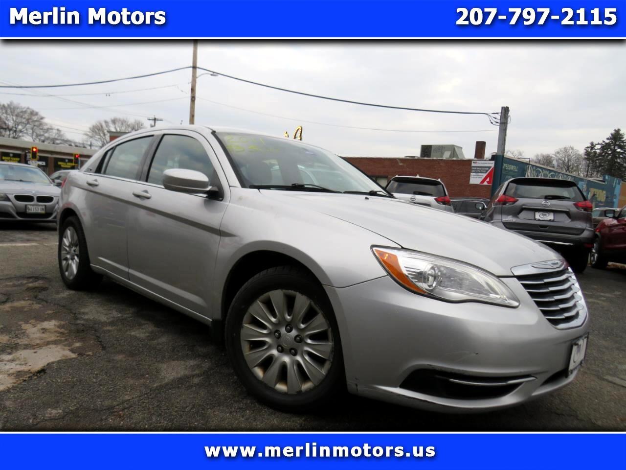 Chrysler 200 4dr Sdn LX 2011