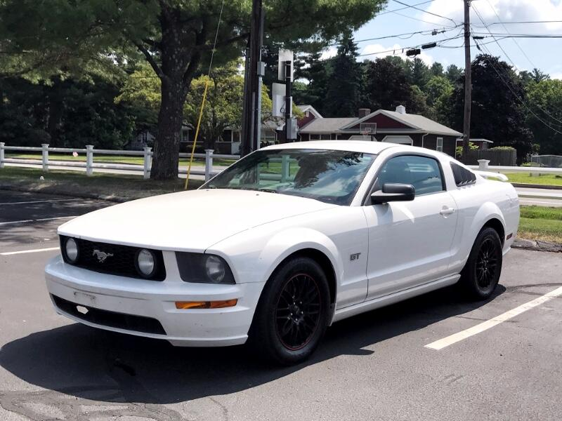 2006 Ford Mustang 2dr Coupe GT