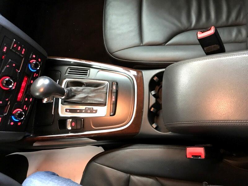 2011 Audi Q5 2.0T Premium quattro