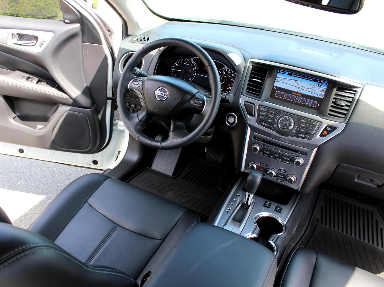 2017 Nissan Pathfinder 2WD 4dr SL