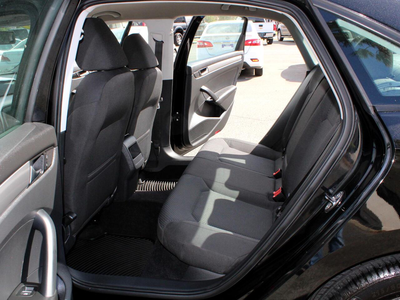 2013 Volkswagen Passat 2.5L S
